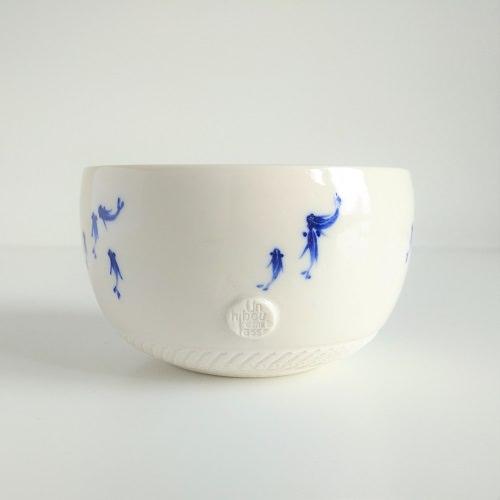 Bol\u00e9ro femme bleu et blanc en feutre et soie Bleu comme la baleine...